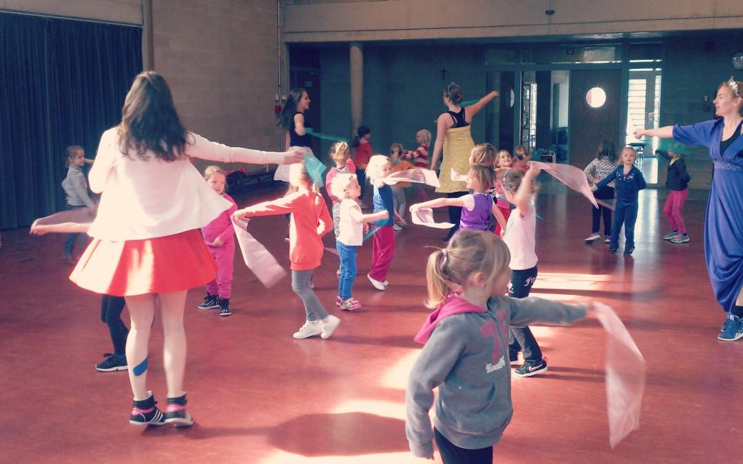 Kleuterdansdag bij K!dans: een groot prinsessenfeest